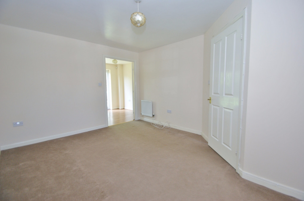 2 bed end of terrace house for sale in Pannell Drive, Hawkinge, Folkestone 4