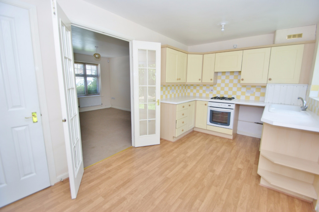 2 bed end of terrace house for sale in Pannell Drive, Hawkinge, Folkestone 5