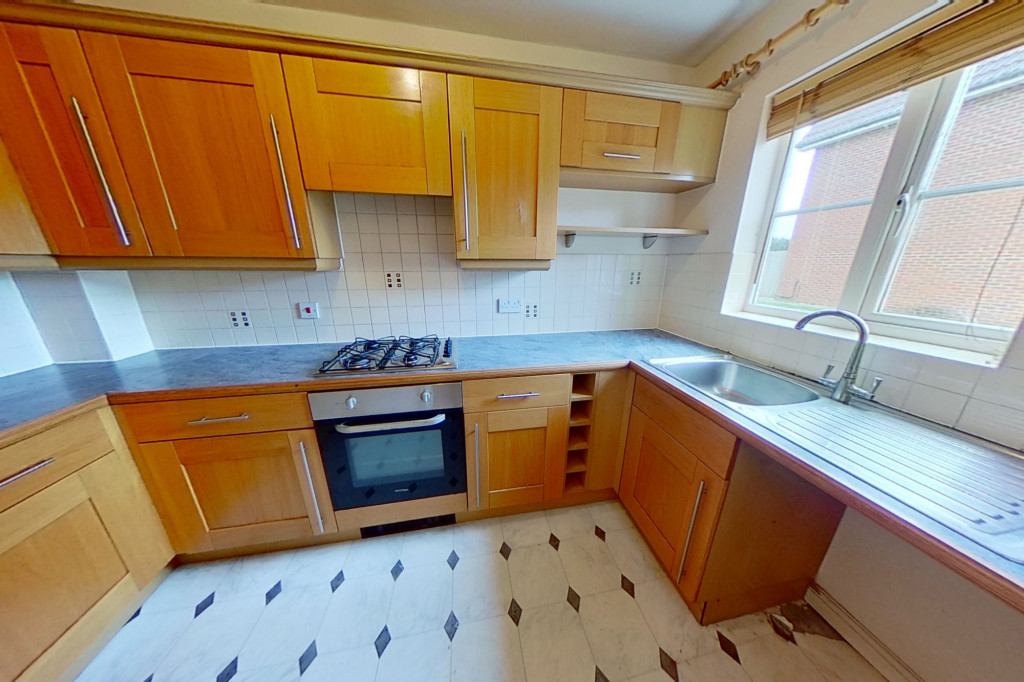 2 bed terraced house for sale in Lacock Gardens, Maidstone 3
