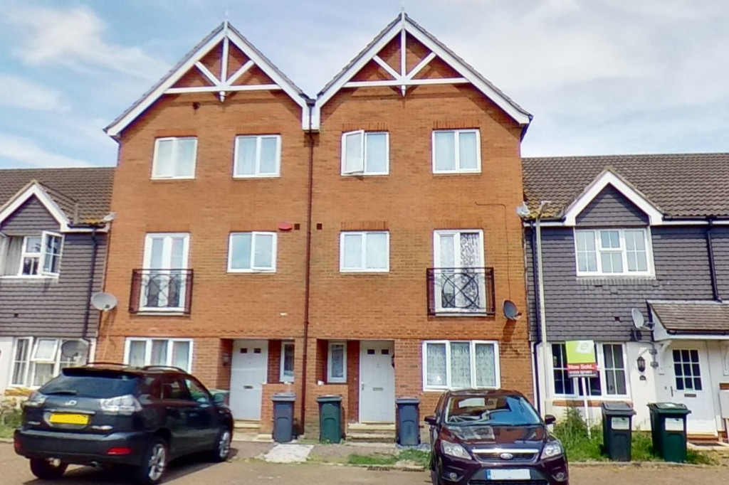 5 bed terraced house for sale in Bryony Drive, Park Farm, Ashford 1