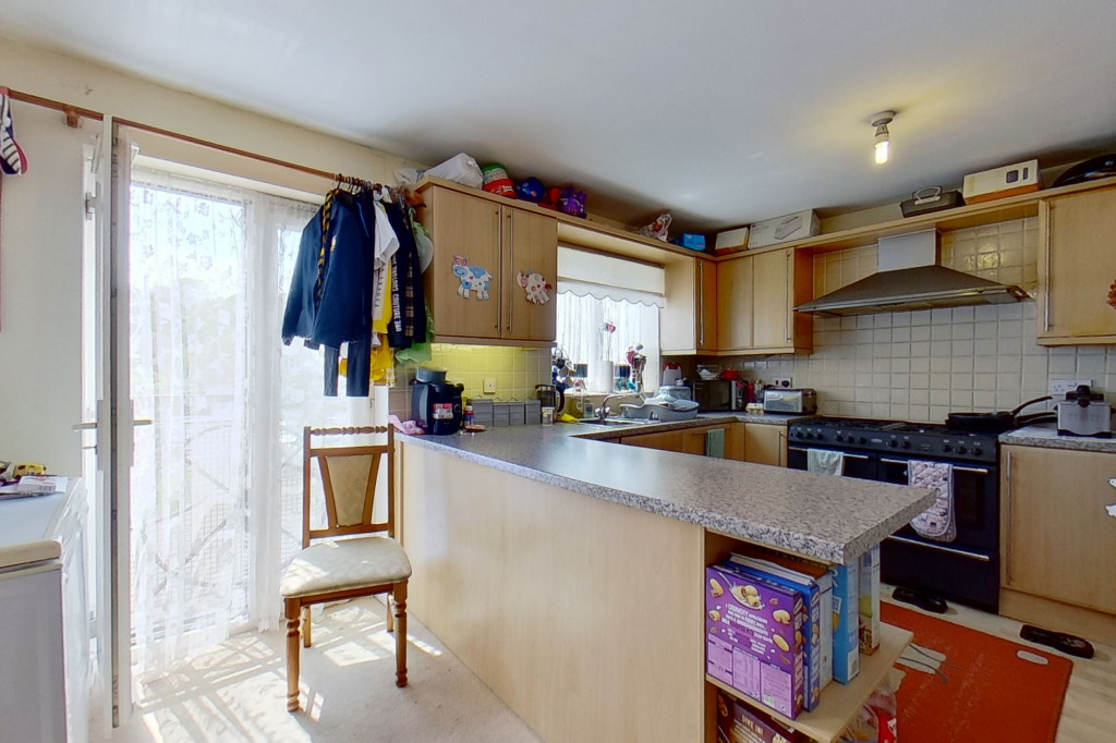 5 bed terraced house for sale in Bryony Drive, Park Farm, Ashford 5