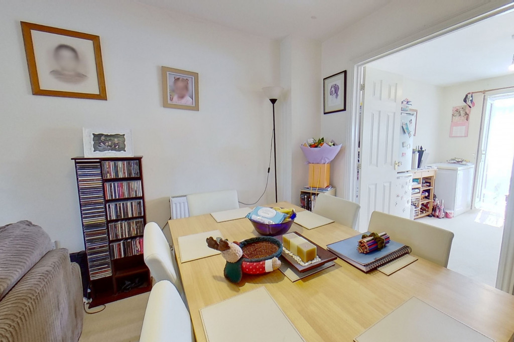 5 bed terraced house for sale in Bryony Drive, Park Farm, Ashford 7