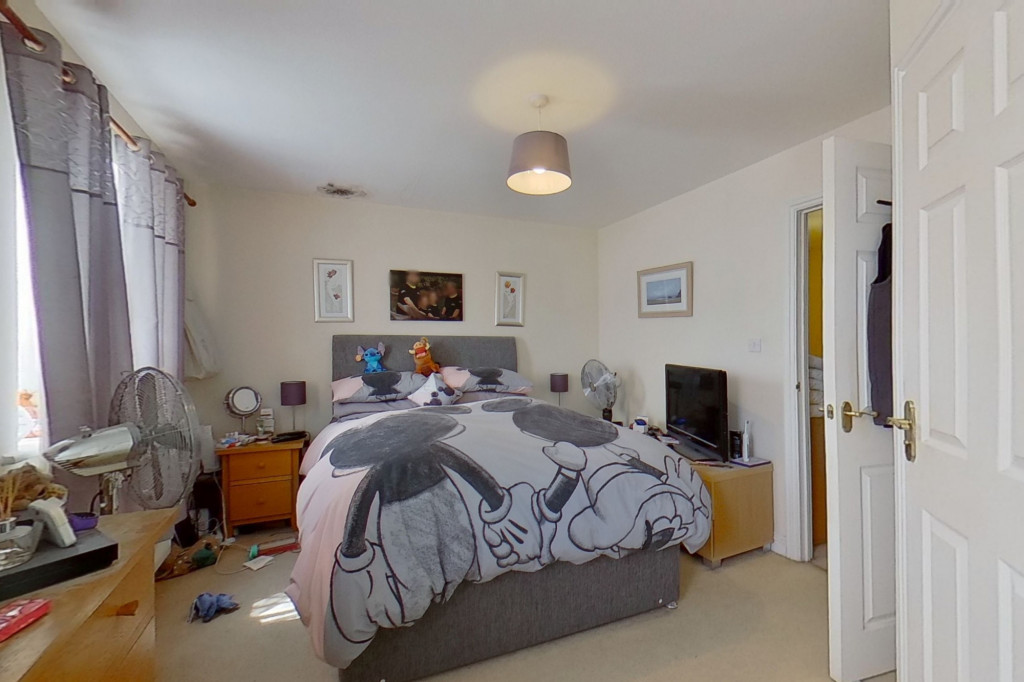 5 bed terraced house for sale in Bryony Drive, Park Farm, Ashford 9