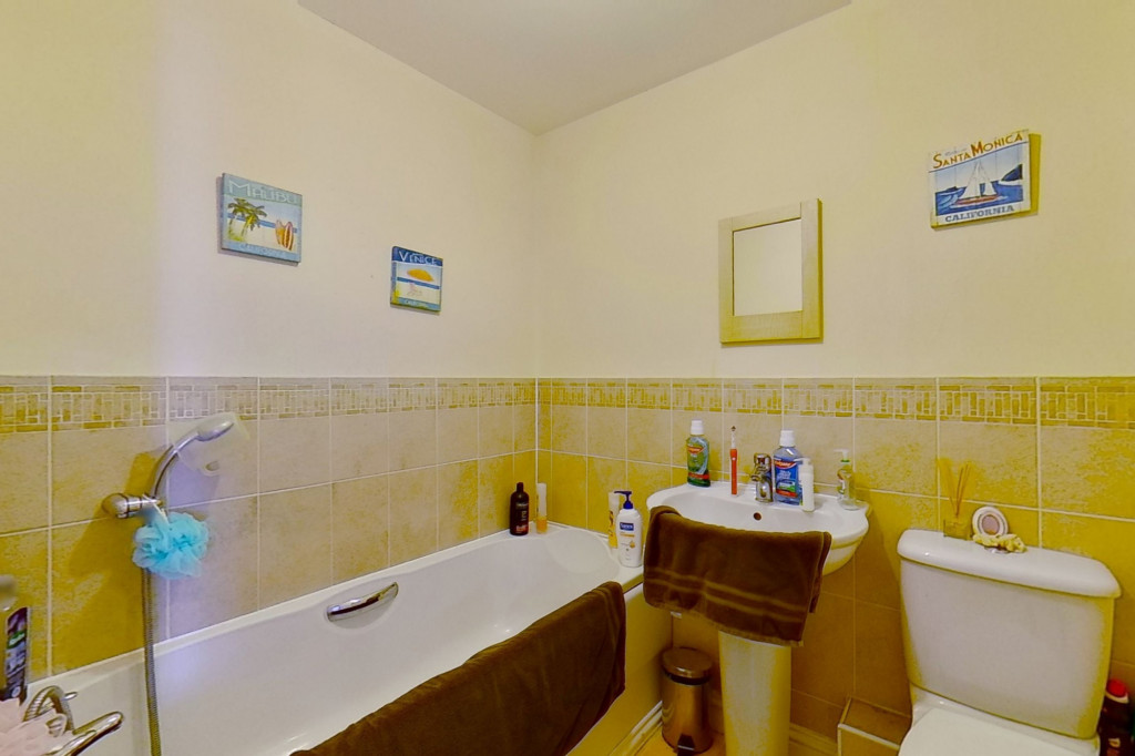 5 bed terraced house for sale in Bryony Drive, Park Farm, Ashford 13