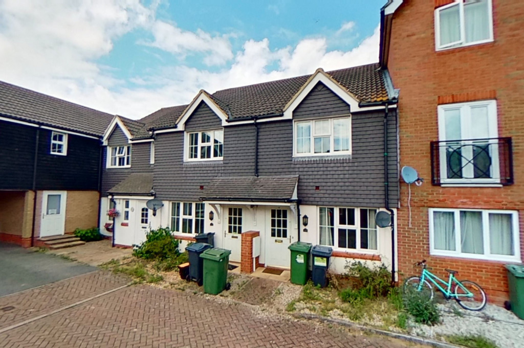 2 bed terraced house for sale in Bryony Drive, Kingsnorth, Ashford - Property Image 1