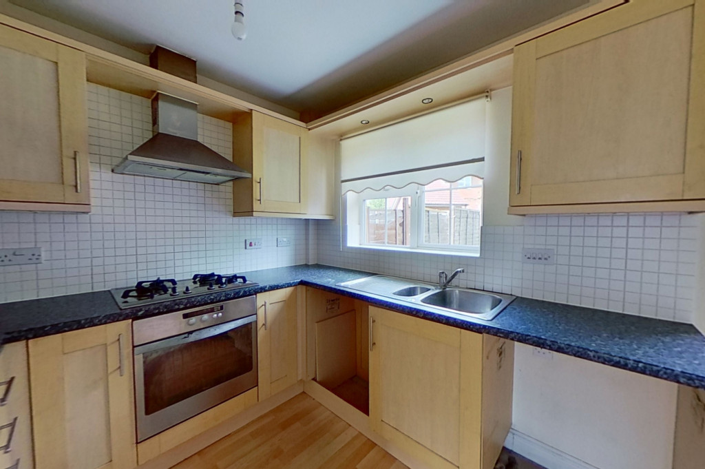 2 bed terraced house for sale in Bryony Drive, Kingsnorth, Ashford  - Property Image 4