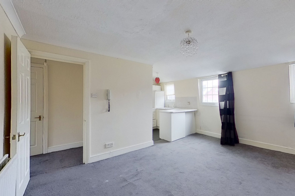 1 bed flat for sale in Victoria Grove, Folkestone 4