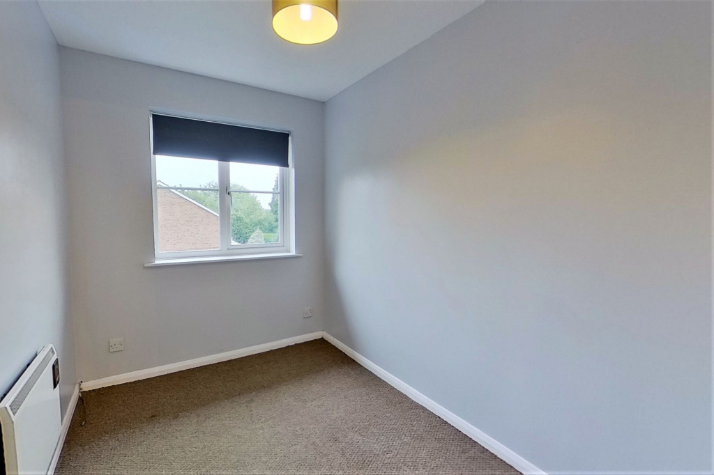 3 bed terraced house to rent in Bank Side, Hamstreet, Ashford 7