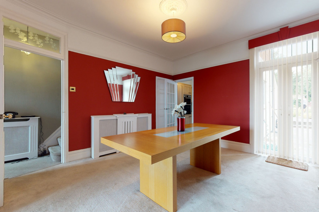 3 bed semi-detached house to rent in Sackville Crescent, Ashford 2