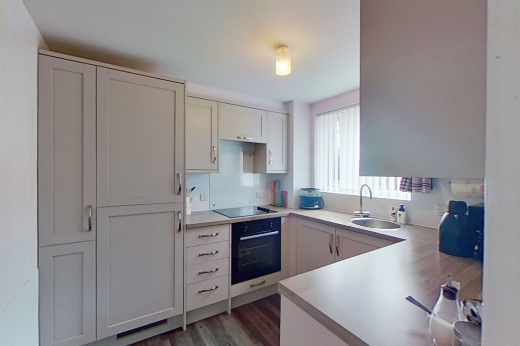 2 bed apartment for sale in Richard Hillary Close, Ashford 3