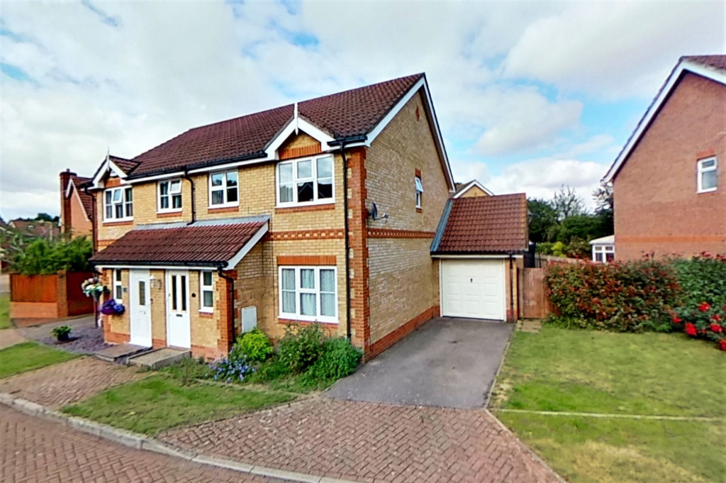 3 bed semi-detached house for sale in Blackthorn Way, Ashford  - Property Image 1