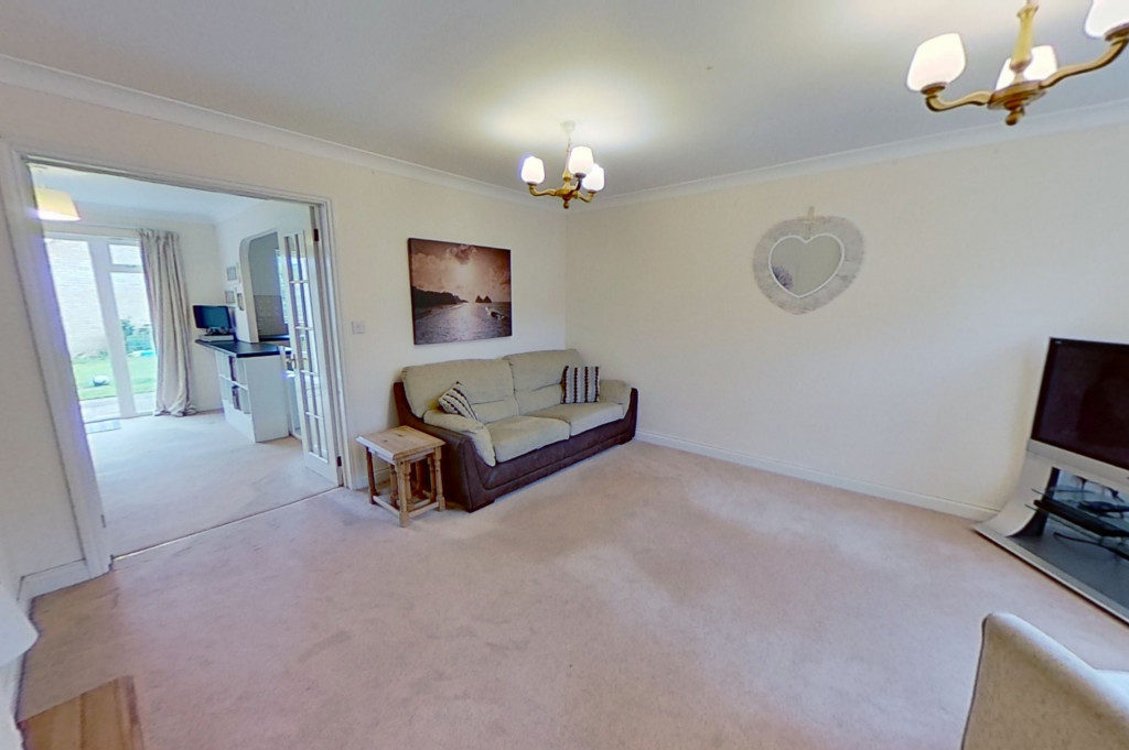 3 bed semi-detached house for sale in Blackthorn Way, Ashford  - Property Image 2