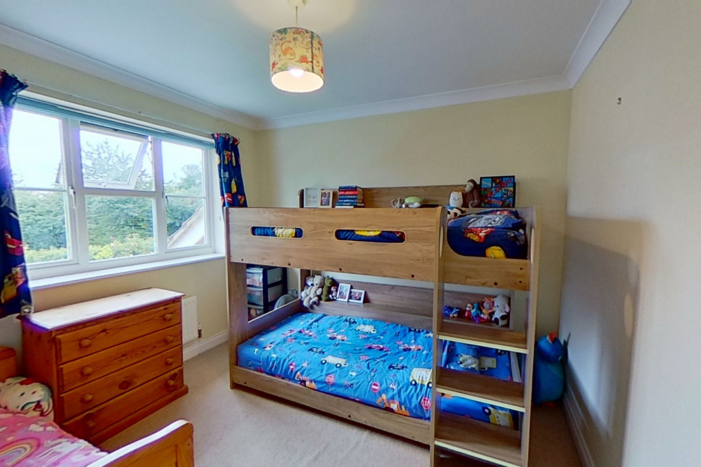 3 bed semi-detached house for sale in Blackthorn Way, Ashford  - Property Image 9