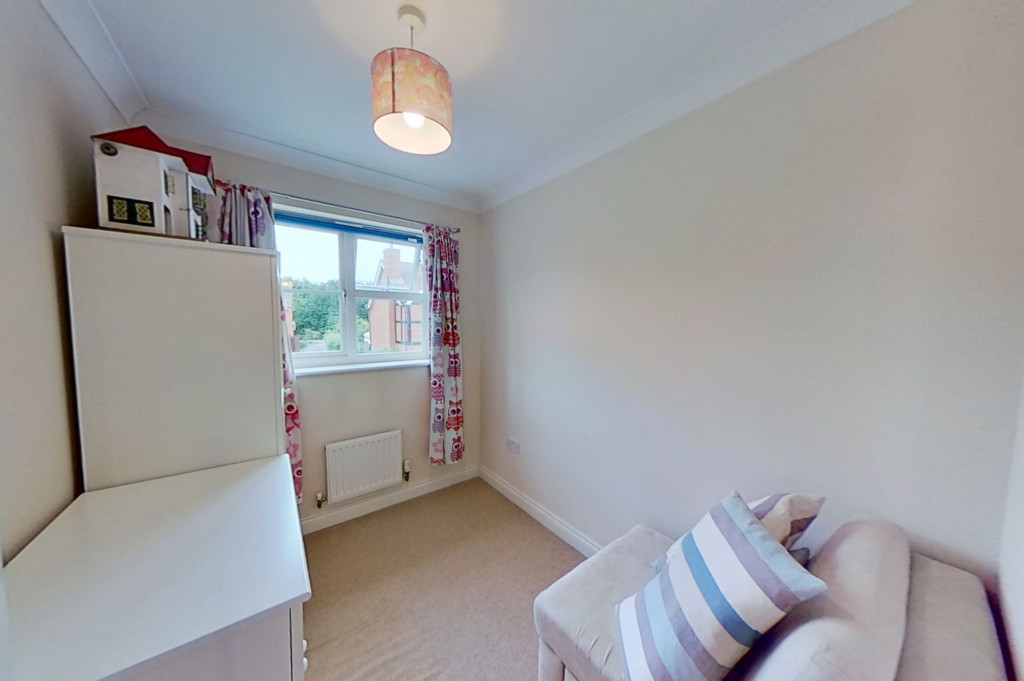 3 bed semi-detached house for sale in Blackthorn Way, Ashford 9