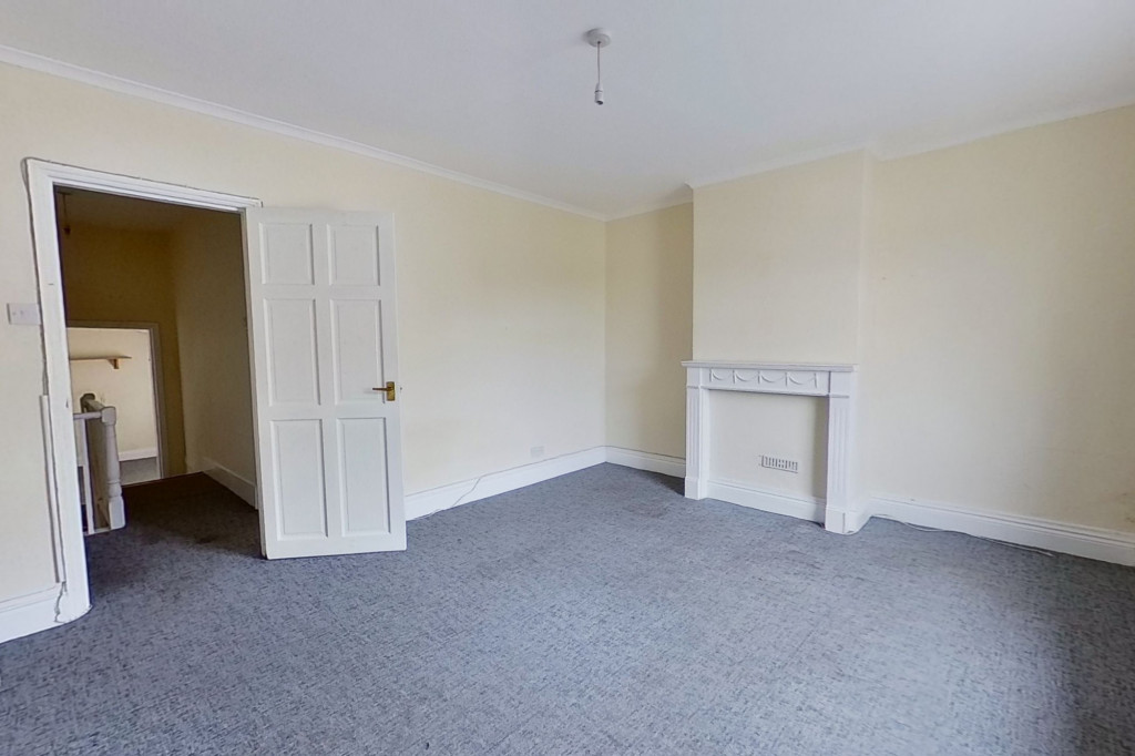 3 bed terraced house for sale in Ship Street, Folkestone 4