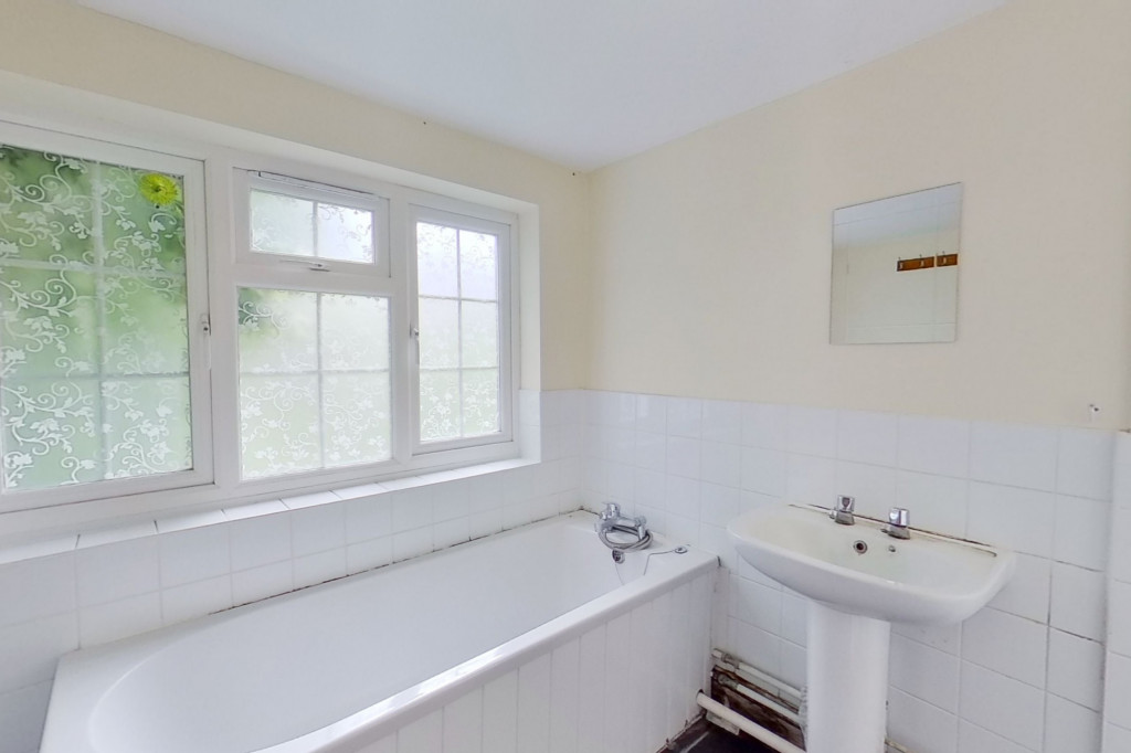 3 bed terraced house for sale in Ship Street, Folkestone  - Property Image 8