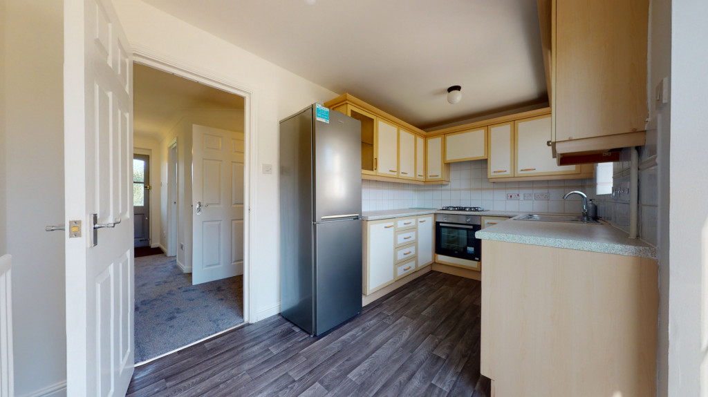 3 bed terraced house to rent in Mill Court, Ashford 3