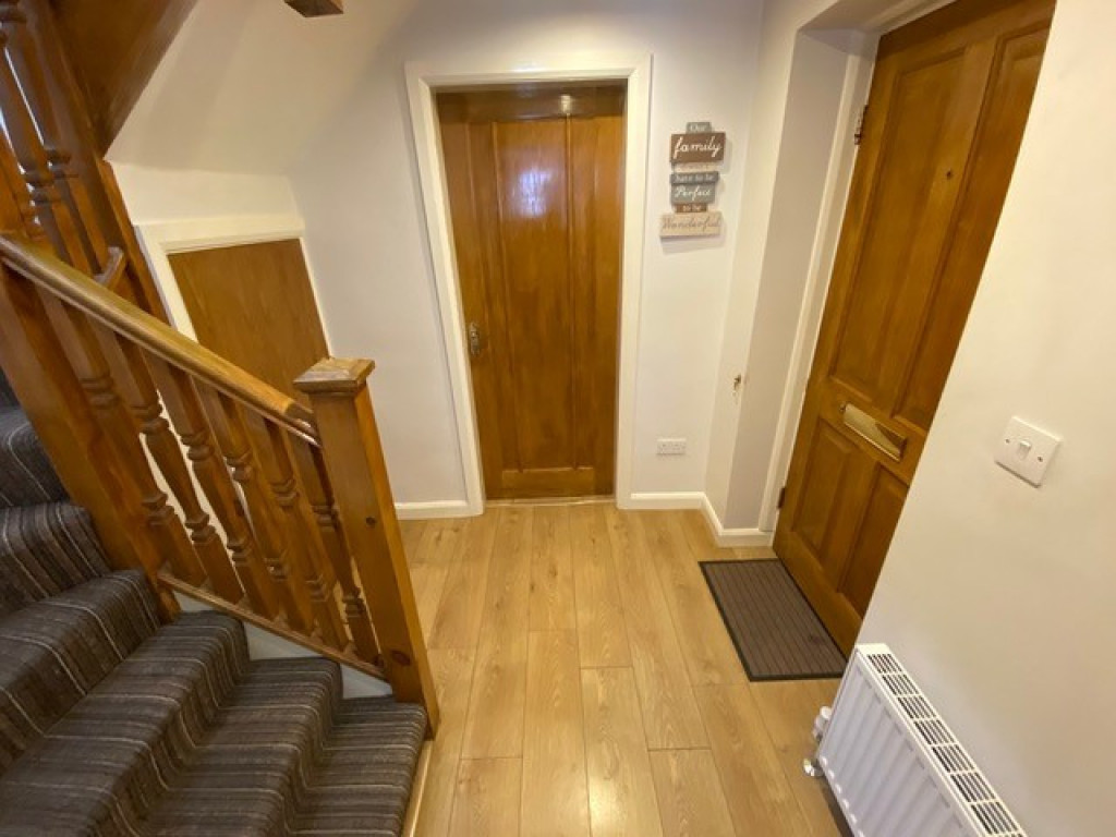 2 bed flat to rent in Brinsworth Lane, Rotherham 1