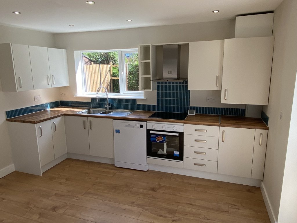 3 bed semi-detached house to rent in Holbrook Road, Sheffield  - Property Image 3