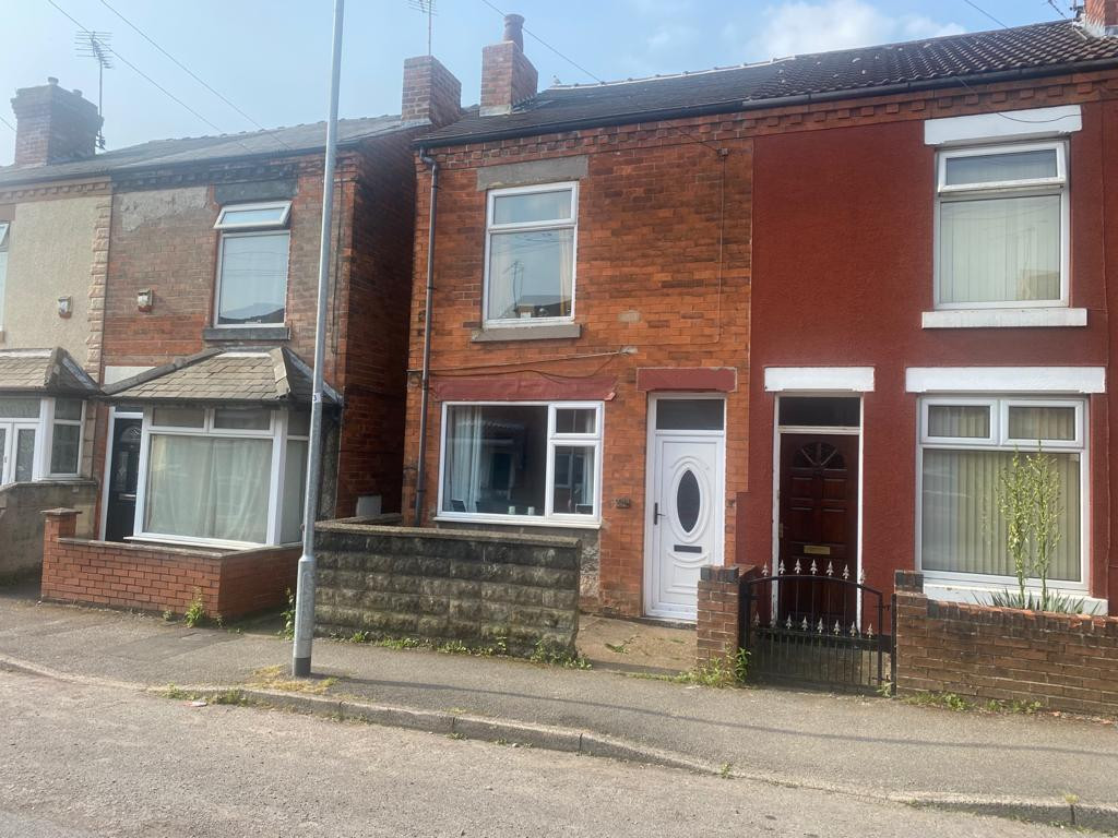 3 bed end of terrace house to rent in Arundel Drive, Mansfield  - Property Image 1