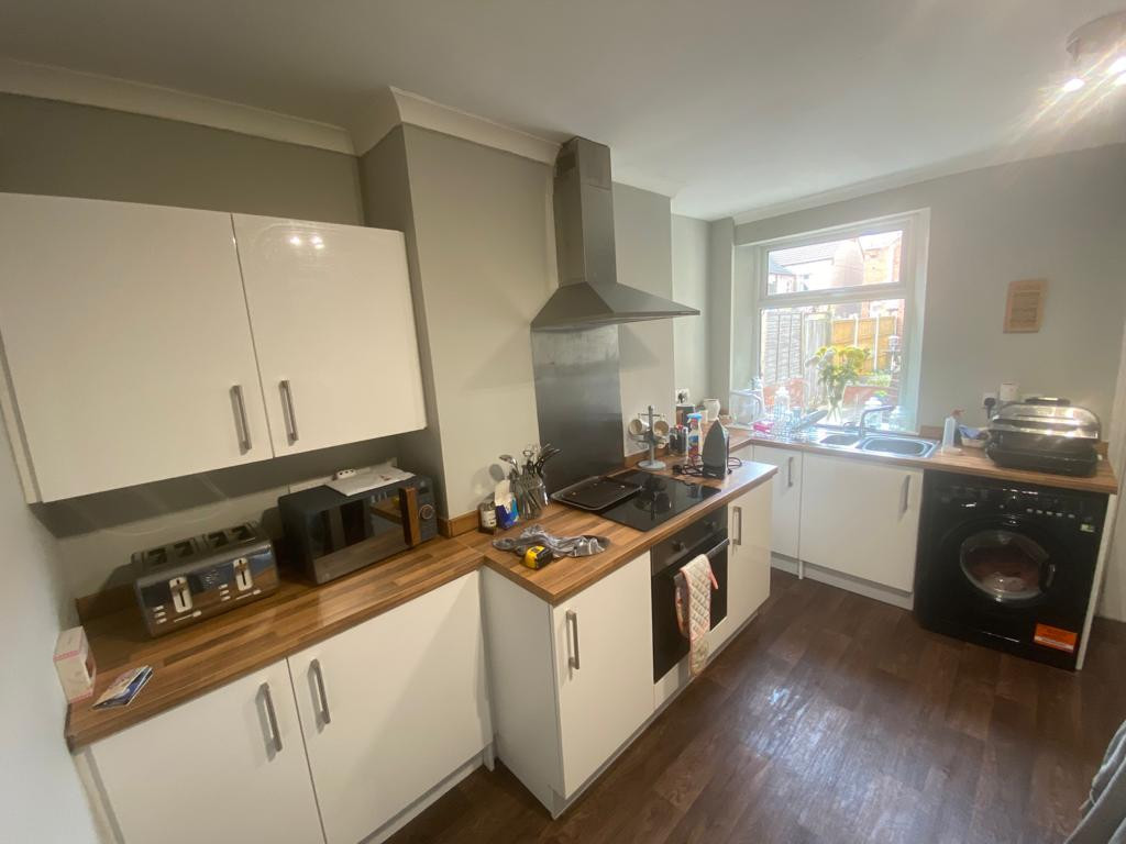 3 bed end of terrace house to rent in Arundel Drive, Mansfield  - Property Image 6