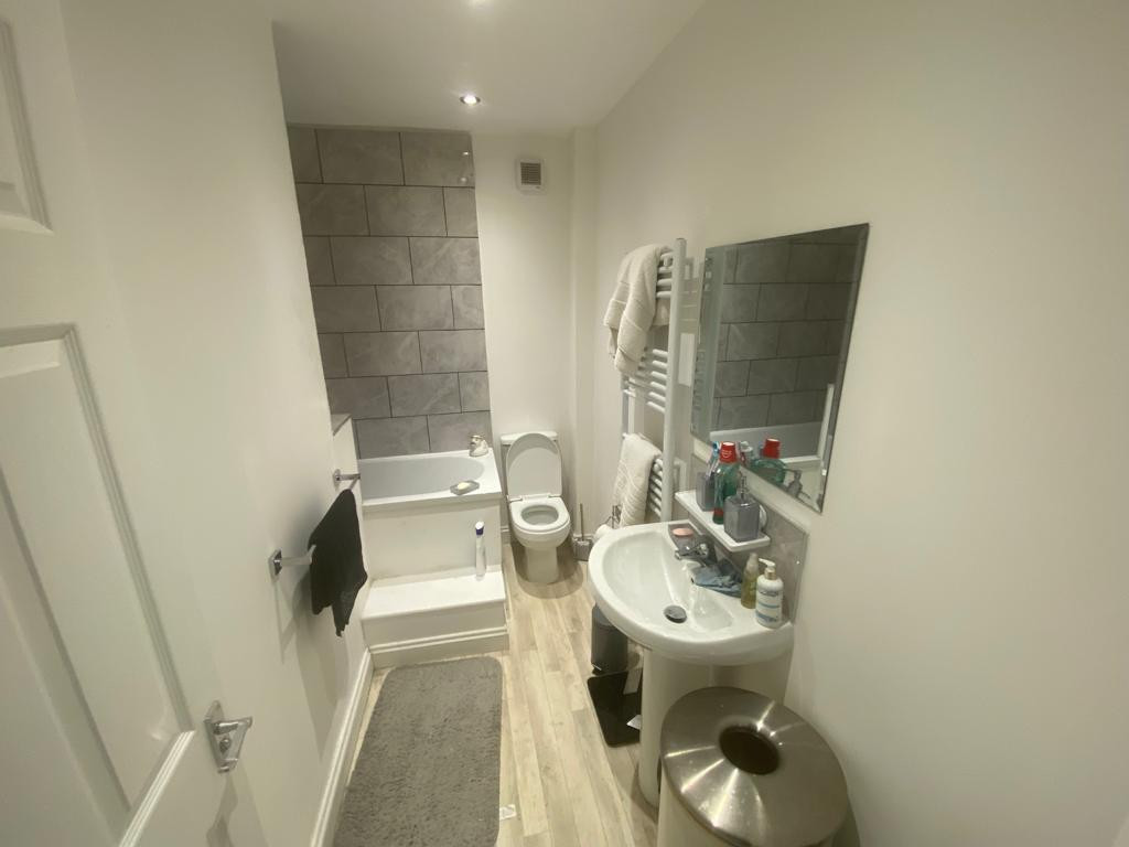 3 bed end of terrace house to rent in Arundel Drive, Mansfield  - Property Image 12