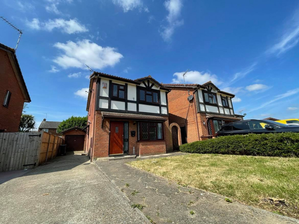 3 bed detached house to rent in Grantley Close, Ashford 0