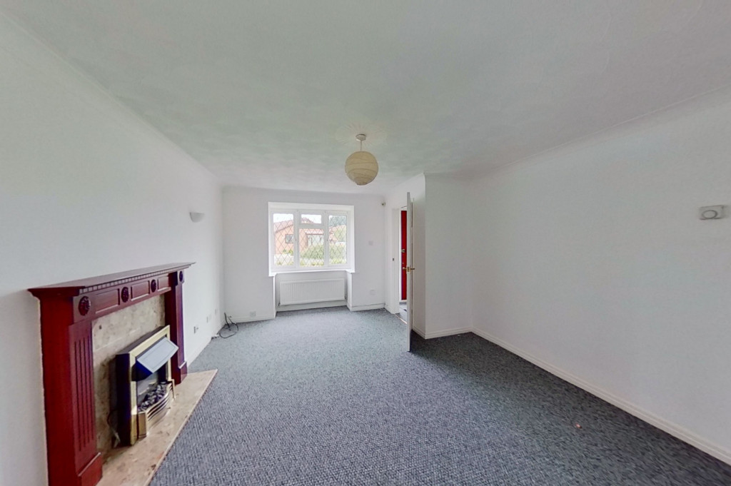 3 bed detached house to rent in Grantley Close, Ashford 2