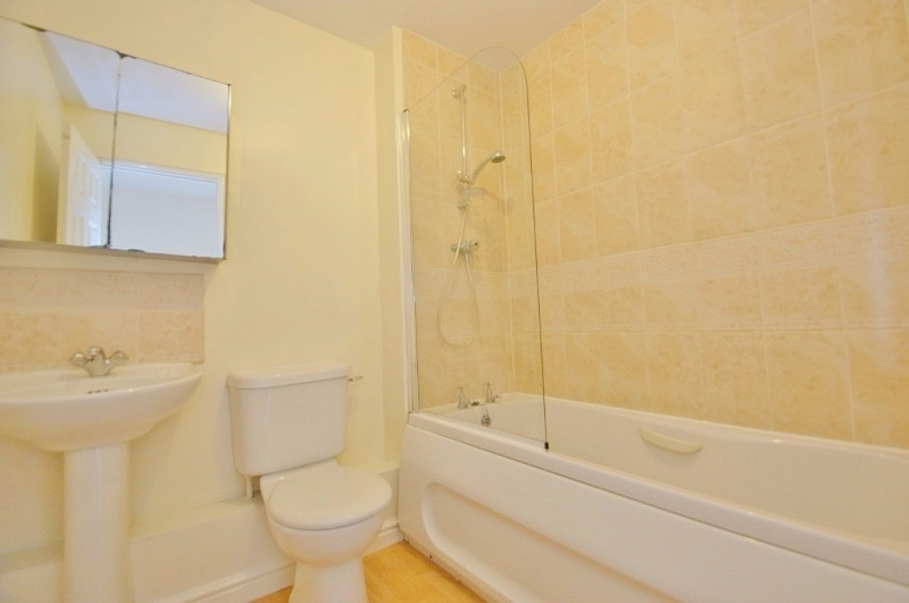 2 bed terraced house for sale in Wood Lane, Kingsnorth, Ashford  - Property Image 8