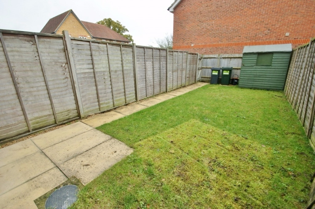 2 bed terraced house for sale in Wood Lane, Kingsnorth, Ashford  - Property Image 10
