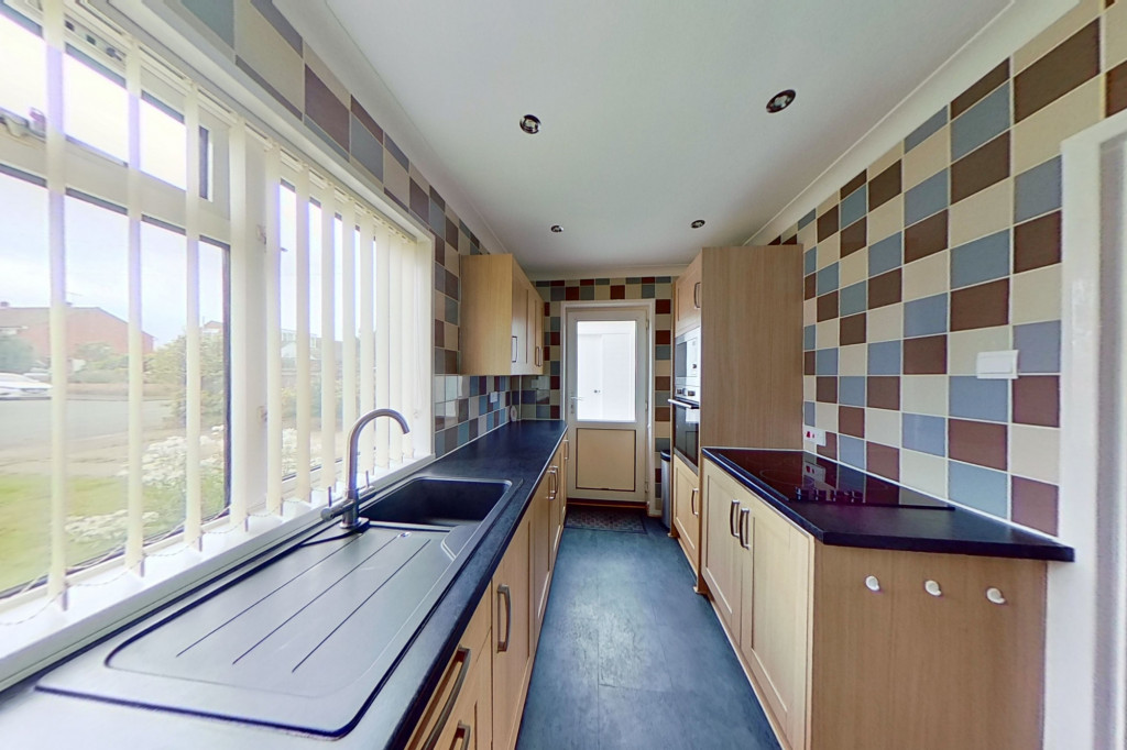 3 bed semi-detached house for sale in Wind Hill, Charing Heath, Ashford  - Property Image 5