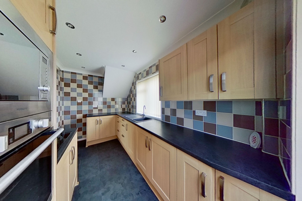 3 bed semi-detached house for sale in Wind Hill, Charing Heath, Ashford  - Property Image 6