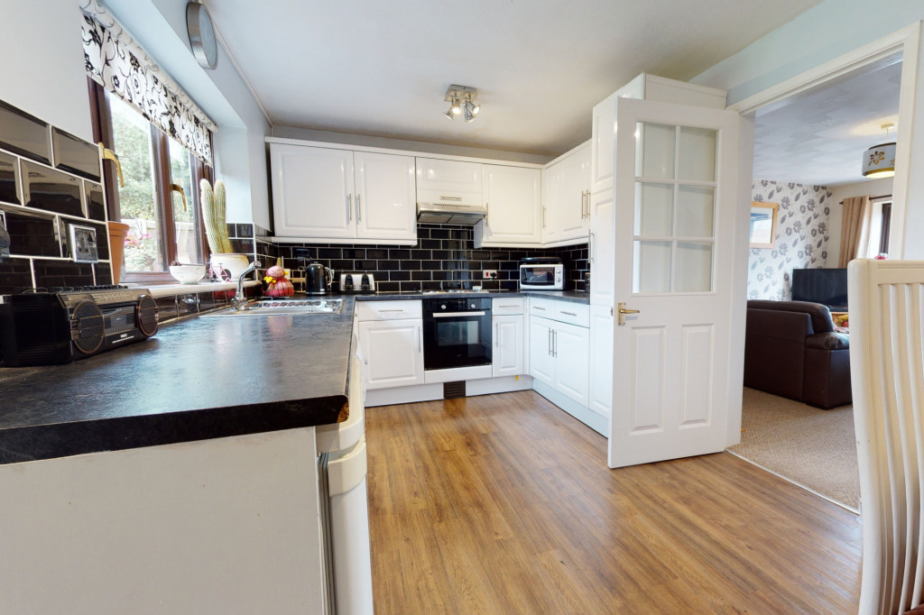 4 bed end of terrace house for sale in The Sidings, Dymchurch, Romney Marsh  - Property Image 5