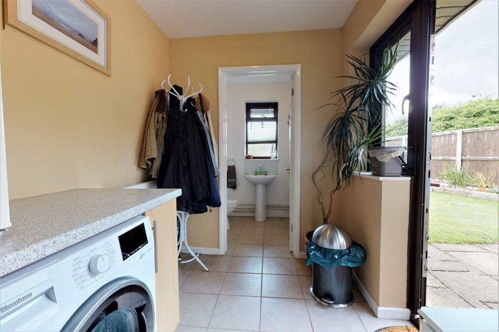 4 bed end of terrace house for sale in The Sidings, Dymchurch, Romney Marsh 6