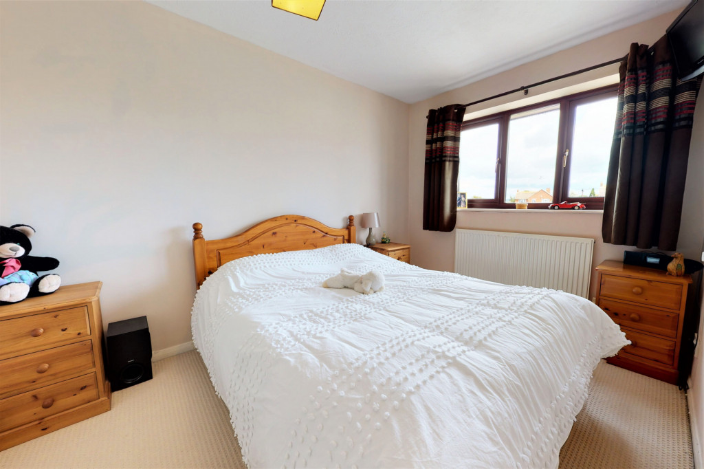 4 bed end of terrace house for sale in The Sidings, Dymchurch, Romney Marsh 12