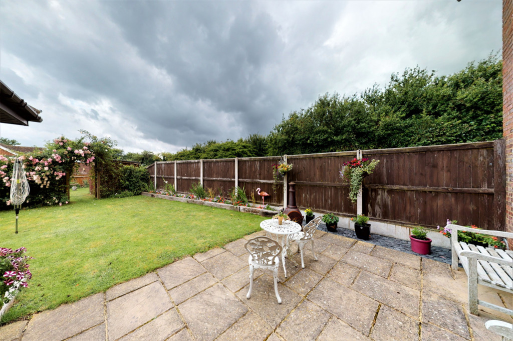 4 bed end of terrace house for sale in The Sidings, Dymchurch, Romney Marsh 16