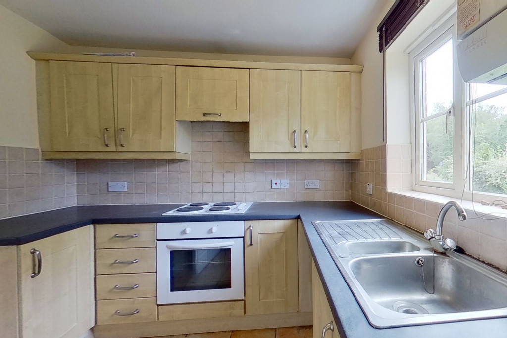 3 bed semi-detached house for sale in Squirrel Lane, Ashford 1