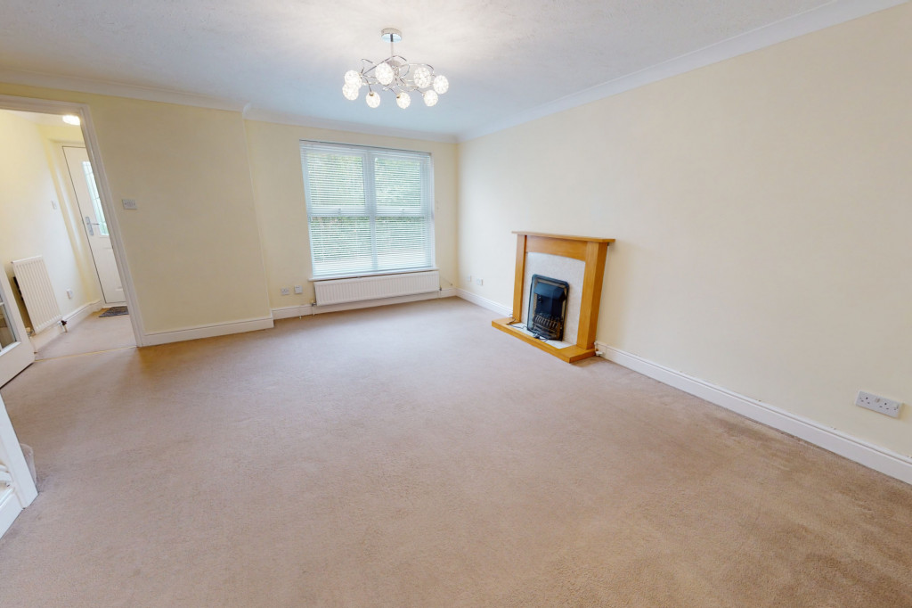 3 bed detached house to rent in Hawthorn Road, Kingsnorth, Ashford  - Property Image 3