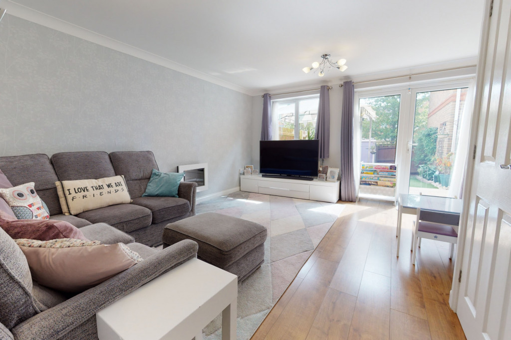 3 bed end of terrace house for sale in Swaffer Way, Singleton, Ashford  - Property Image 4