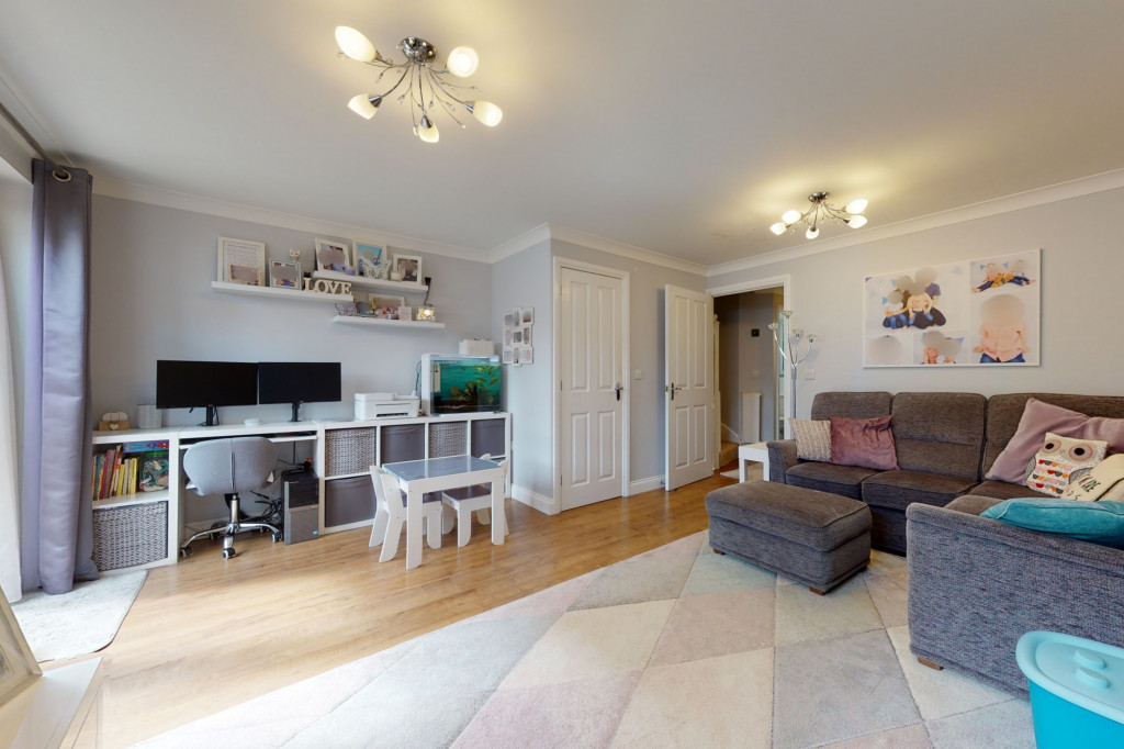 3 bed end of terrace house for sale in Swaffer Way, Singleton, Ashford  - Property Image 5