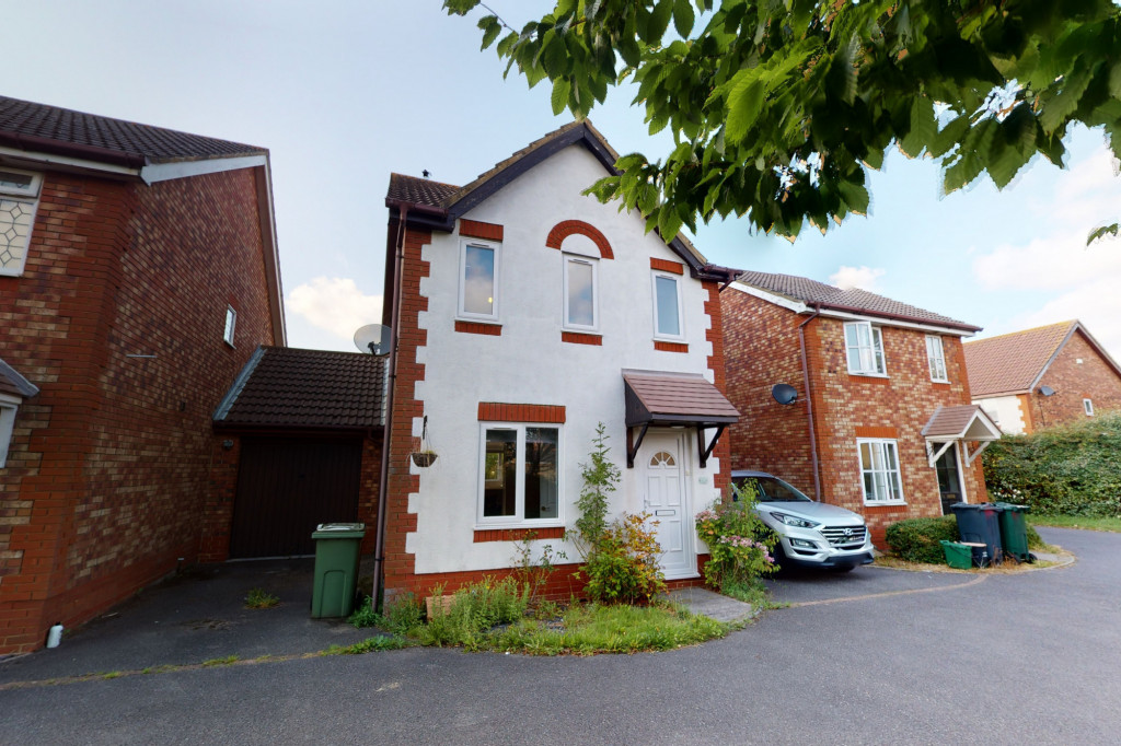 3 bed detached house for sale in Smithy Drive, Park Farm, Ashford  - Property Image 1