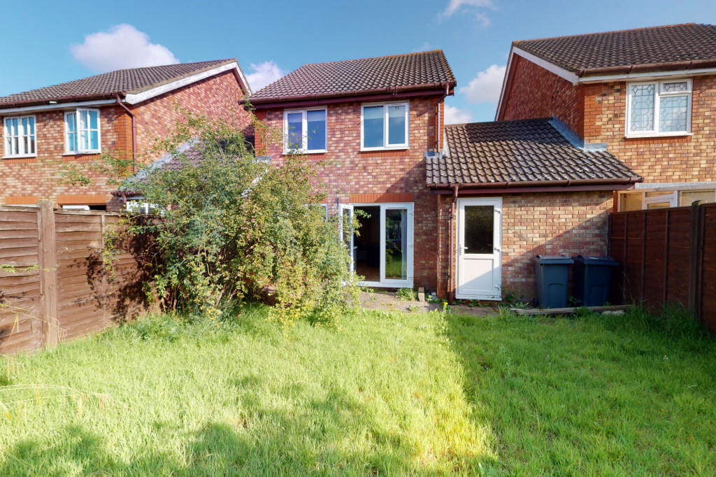 3 bed detached house for sale in Smithy Drive, Park Farm, Ashford  - Property Image 15