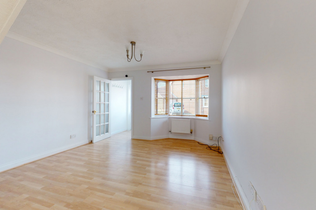 2 bed semi-detached house to rent in Manor House Drive, Ashford 3