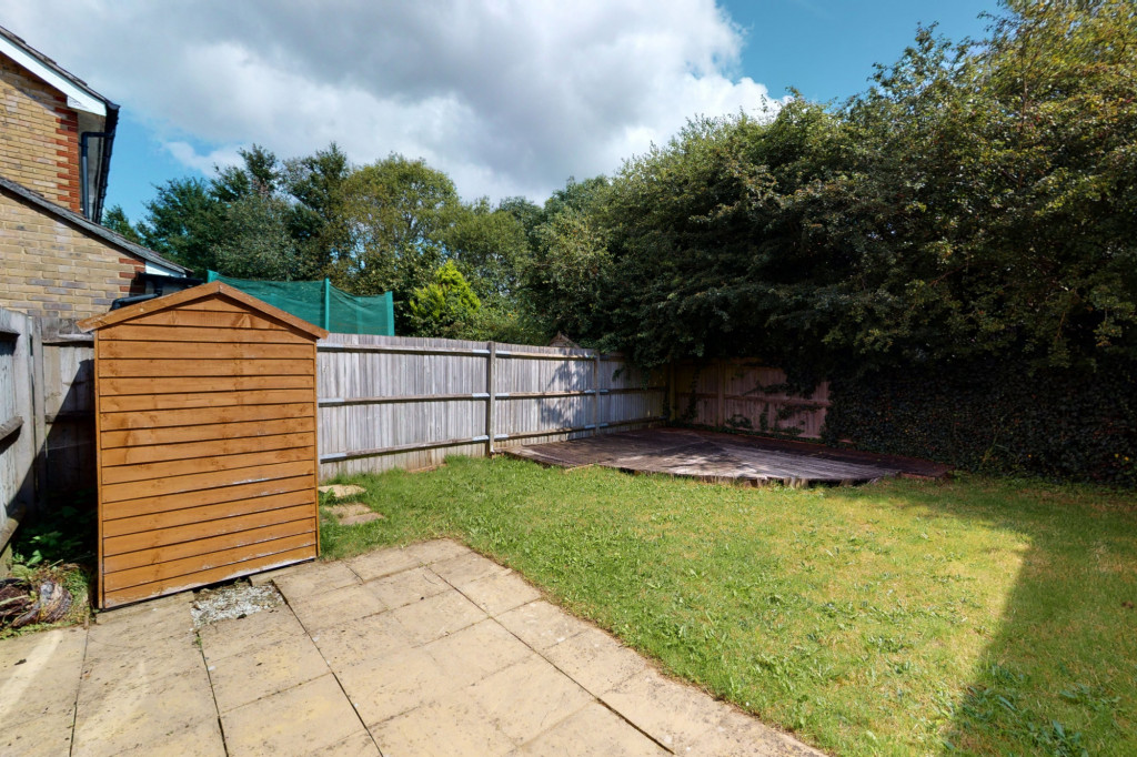 2 bed semi-detached house to rent in Manor House Drive, Ashford  - Property Image 12
