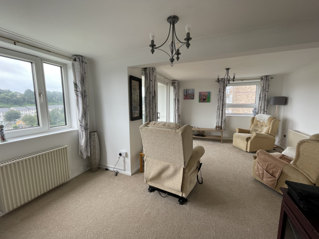 2 bed apartment for sale in Collingwood Court, Collingwood Rise, Folkestone 2
