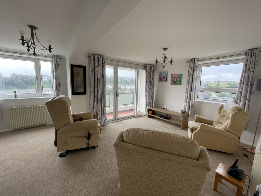 2 bed apartment for sale in Collingwood Court, Collingwood Rise, Folkestone 3