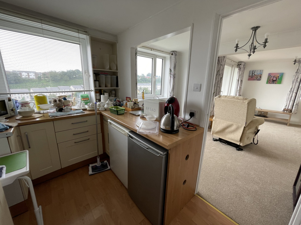 2 bed apartment for sale in Collingwood Court, Collingwood Rise, Folkestone 5