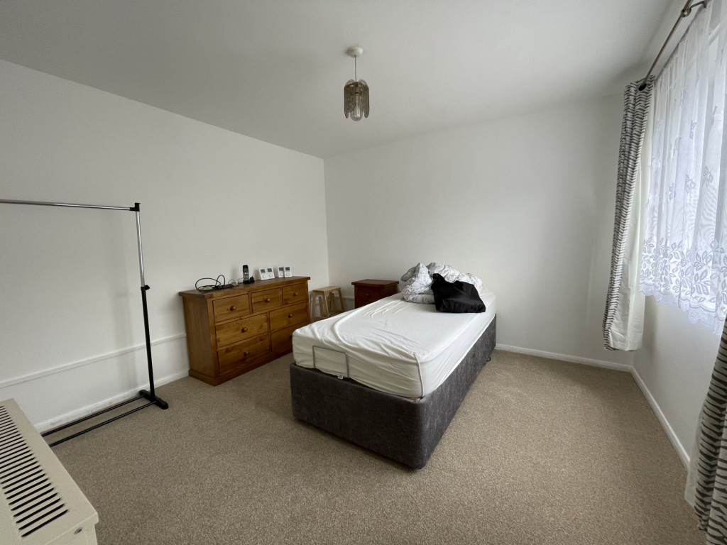 2 bed apartment for sale in Collingwood Court, Collingwood Rise, Folkestone  - Property Image 8
