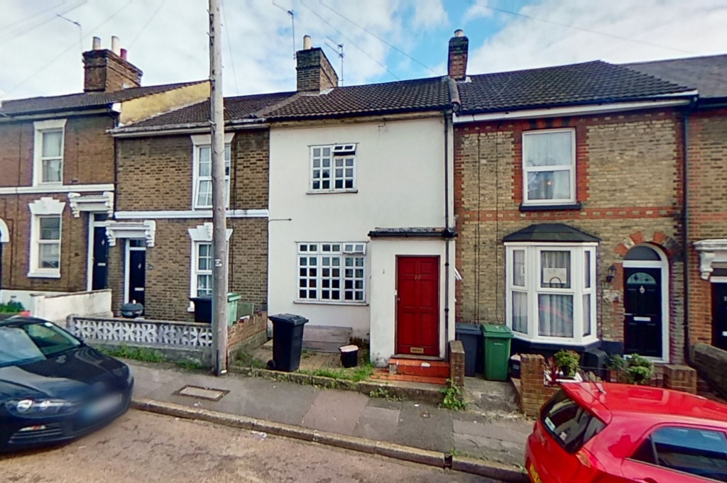 3 bed terraced house for sale in Perryfield Street, Maidstone  - Property Image 1