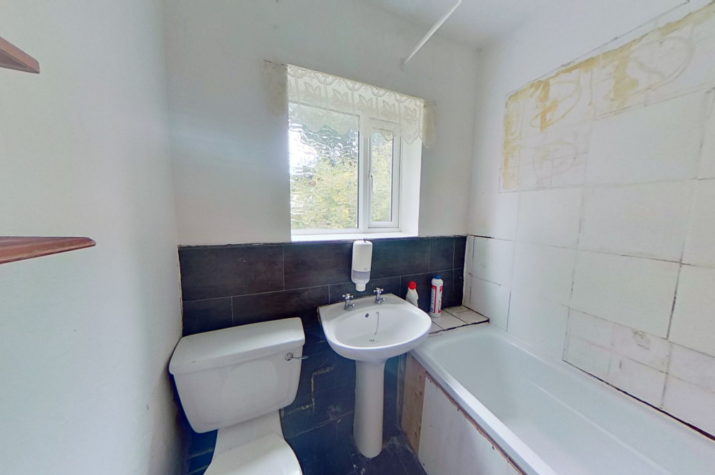 3 bed terraced house for sale in Perryfield Street, Maidstone  - Property Image 5